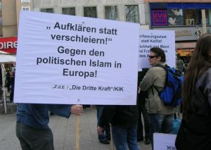 Kundgebung zum  Intern. Frauentag, Wallraffplatz, Köln